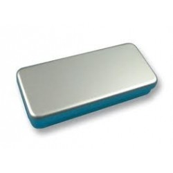 Boîtes à instruments grises en aluminium